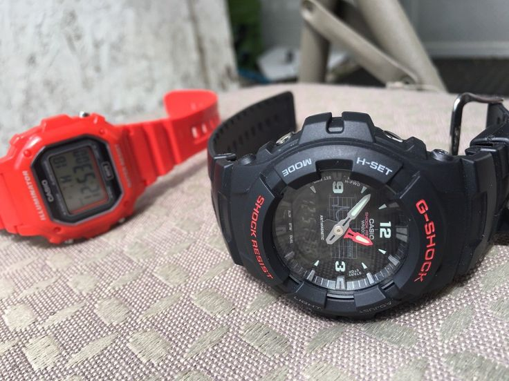 Casio G-Shock G100-1BV Wrist Watch for Men  Red classic Casio watch