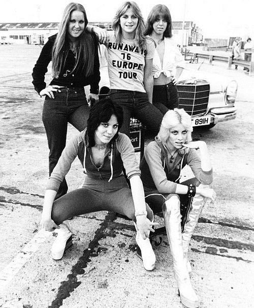 Sickest gals ever- The Runaways