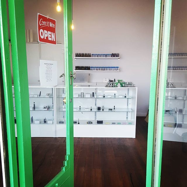 Our Carnegie store is now open! #newvapeshop #aussievapers #vapingisthefuture