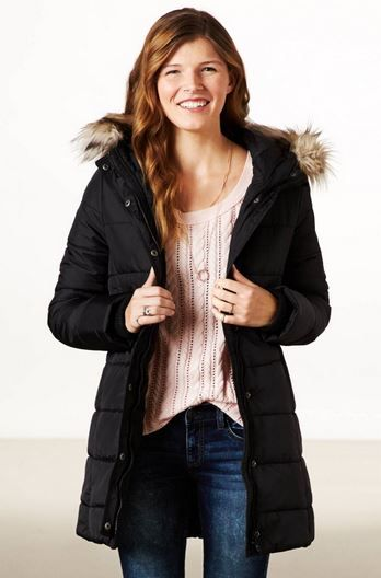 Get 5% cash back on all purchases American Eagle Outfitters using StudentRate.com