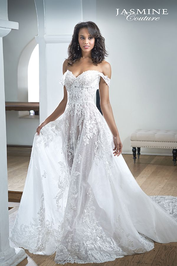 Ivory Vintage Embroidered Lace And Tulle Dress With A Beautiful