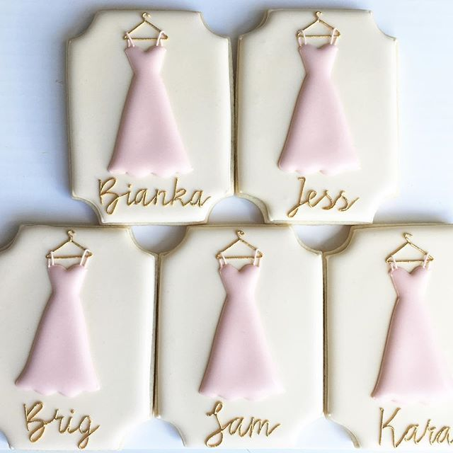 Will you be my bridesmaid? I hope they all said 'yes'! #thepaintedpastry…