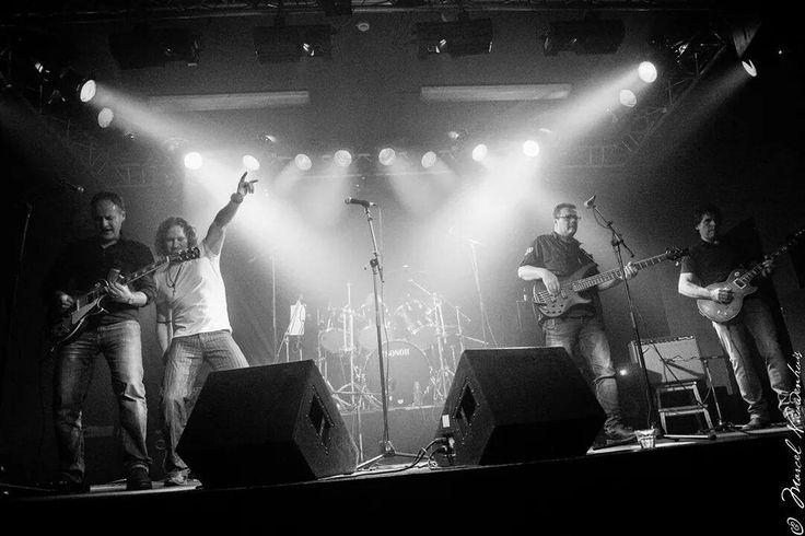 Zaterdag 2 Mei, 2e Editie, Rust not festival, met 5 fantastische bands