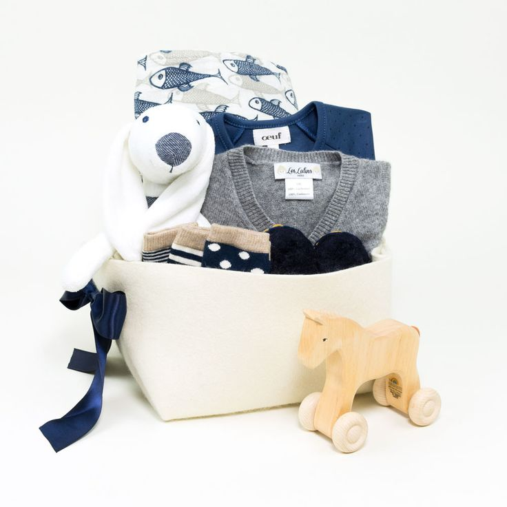 Luxury Baby Gift Hamper : Best ideas about baby gift baskets on