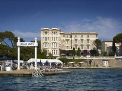I love the hotel-belles-rives-juan  Great food, indoor and outdoor I prefer the outdoor one. Amazing views. Juan le Pins /Antibes