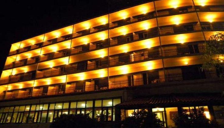 Καθαρά Δευτέρα στο Καρπενήσι στο Lecadin Hotel, με Θέα που κόβει την ανάσα, μόνο με 199€!