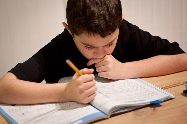 ¿Cómo Puedes Ayudar A Tu Hijo A Establecer Objetivos Académicos Para El Año Nuevo?