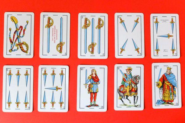 Significado de las cartas de la baraja española en el tarot: Las espadas