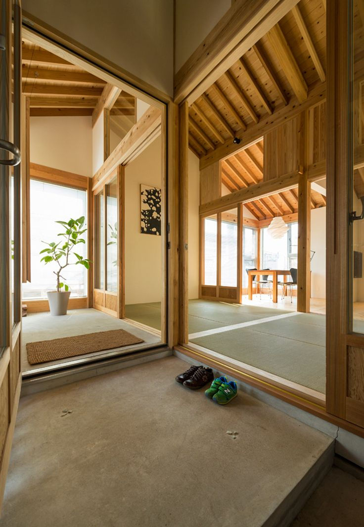 Kenrak Tokmoto's Inari House is designed as a gridded layout
