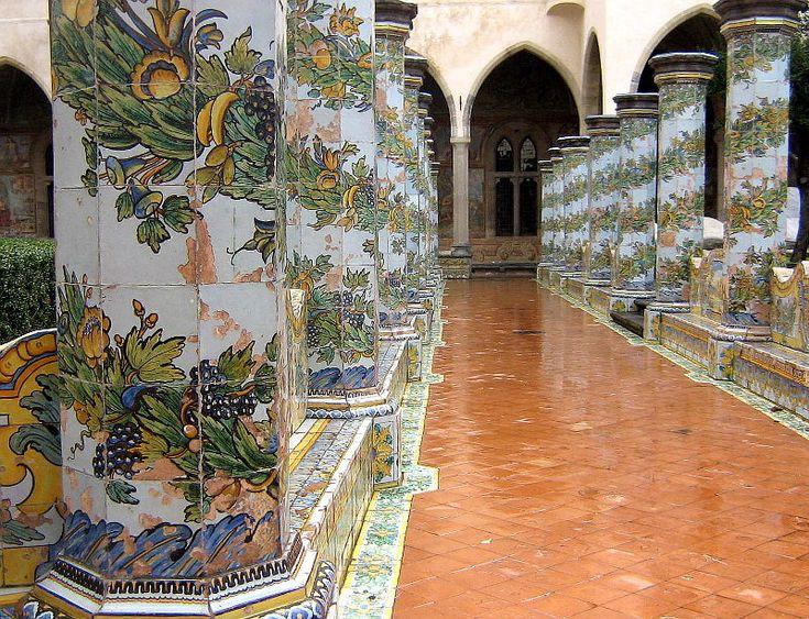Chiostro Monastero di Santa Chiara, Napoli - Italia