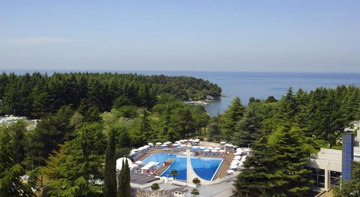Valamar Crystal Hotel Poreč Valamar Crystal Hotel is located in Porec, 200 metres from pebble beaches. It boasts an outdoor pool, entertainment programs and free access to WiFi in the lobby.  Set in a pine grove right on the seashore, all rooms view the surrounding park.