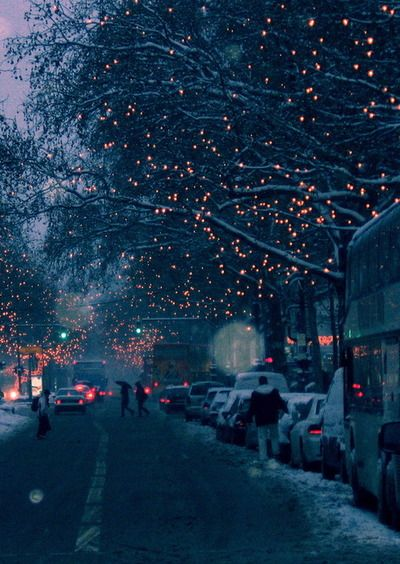 I'm sorry, but no matter how much I love summer with it's carefree spirit, flowing attitude, and warm sunshine, I will always love winter the most. Warm scarves, snuggling, twinkling lights, warm drinks... It's too beautiful not to miss when it's gone.