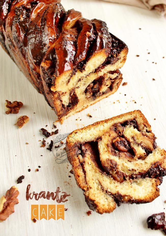 Recette du Krantz cake, une brioche roulée au chocolat et aux noix. Krantz cake recipe : chocolate and nuts brioche.