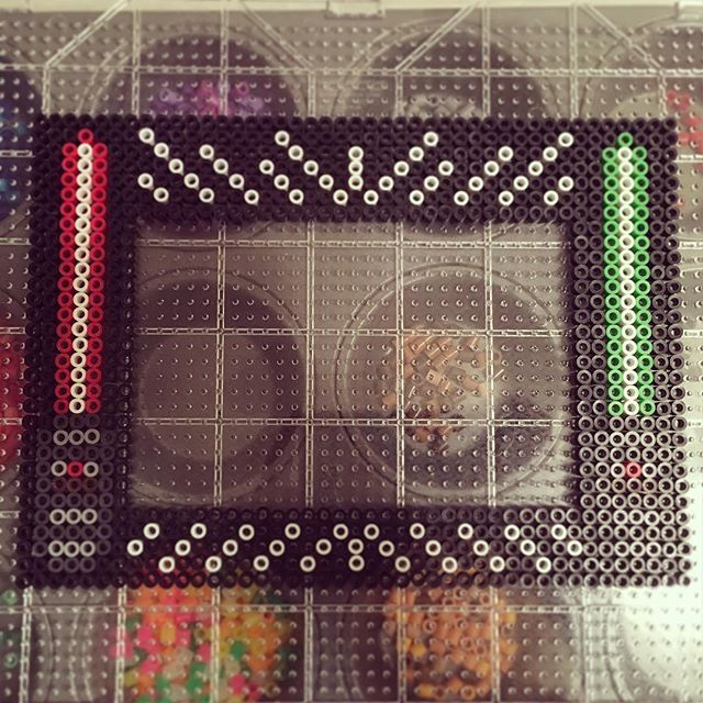 Star Wars picture frame perler beads, need to make this and add magnets to the back to be used on fridge