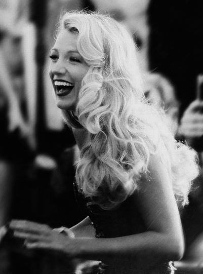 I have a crush on Blake Lively. She is just lovely.