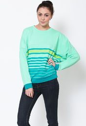 this green coloured sweatshirt from Adidas. Providing utmost comfort and high breathability because of its cotton spandex fabric, this regular-fit sweatshirt can be teamed up with denims or track pants as per your needs.