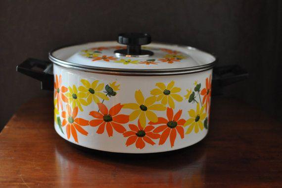Vintage EKCO Italy Country Garden Dutch Oven Porcelain by EuroFair, $29.00