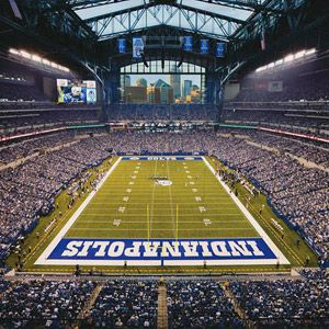 "Indianapolis Colts's  Lucas Oil Stadium, gorgeous stadium with ""sun roof"" to open in nice weather!"
