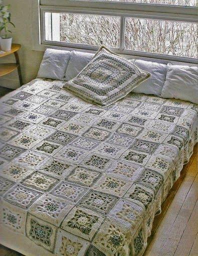 Pretty bedspread with diagram ♥