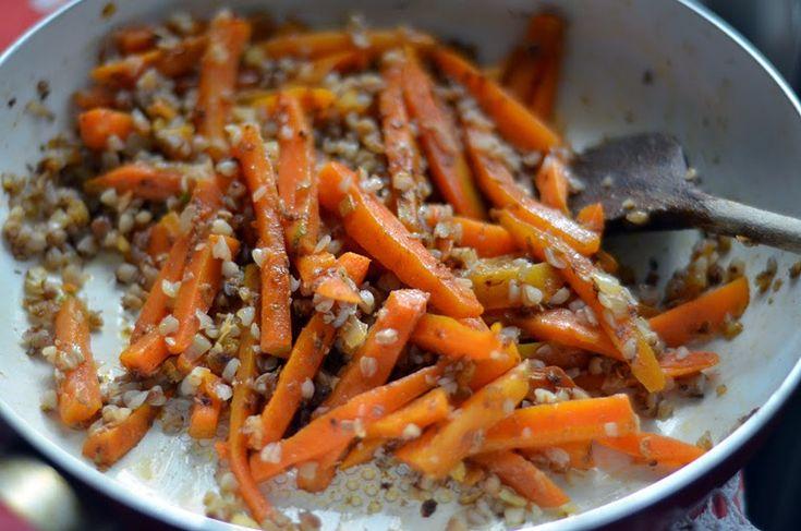 Ďalšie obľúbené recepty: Vianočný medovníkový workshop Ukážka strany Marocký chlieb Medfouna Aktualizované: Veľkonočná súťaž| Praktická zdobička a šikovné formičky Video| Ako správne otvoriť pistácie? Video | Ako jednoducho ozdobiť tortu Jednozrnka Aktualizované| Narodeninová súťaž: Skvelé kuchárske knihy Videonávod | Ovocné a zeleninové dekorácie Videonávod | Dokonalé cupcakes klauraVolám sa Laura ... zo všetkého najradšej sa  …  Continue reading →