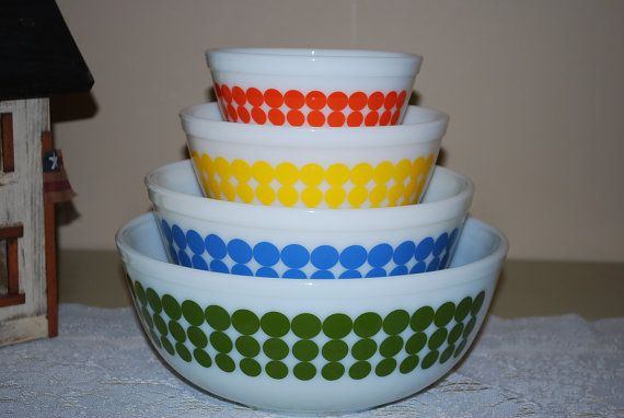 awesome Pyrex bowls  love the dots, love the colorsPyrex Lov, Mixed Bowls, Awesome Pyrex, Dots Pyrex, Vintage Pyrex, Pyrex Mixed, Pyrexlov, Pyrex Bowls, Pyrex Mi Grandma