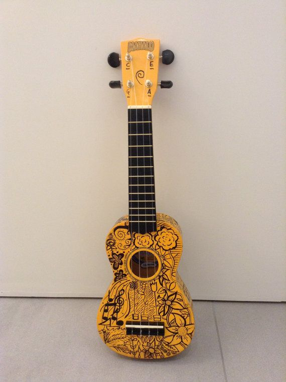 Customisable fandom ukelele.  NEED
