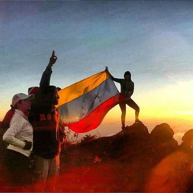#Venezuela es una patria hermosa con personas espectaculares y  @contactotricolor nos lo comparte con su fotografía.  Así empezamos el primero de enero con mucho orgullo de estar en esta maravillosa tierra. 1 año de oportunidades para contribuir a su progreso. Maturinedo Monagas. Síguelos:  @contactotricolor  @contactotricolor  @contactotricolor.  #publicidad @publiciudadmcy.  #imagen #bandera #venezolanos #gente #fotodeldia #maturin #monagas #campaña #amorporlopropio #Fotografia  #fotografo…