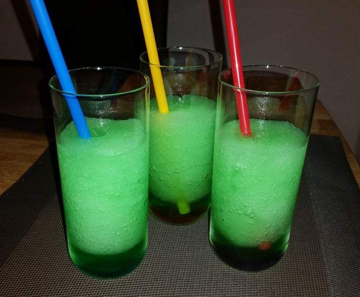 Rezept Waldmeister Slusheis- Total Lecker!! von thermi1006 - Rezept der Kategorie Getränke