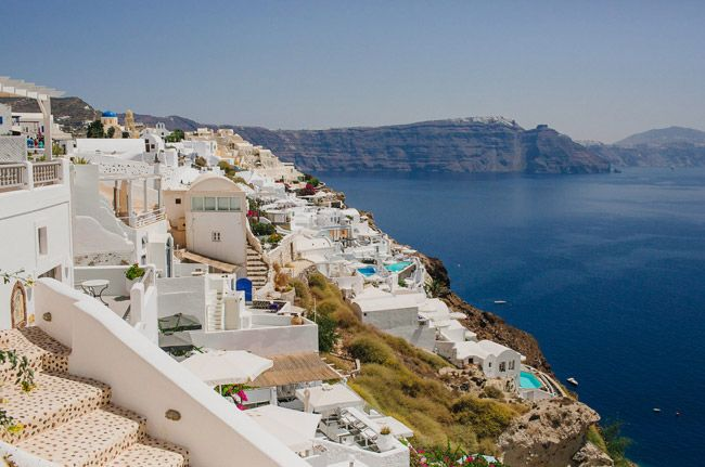 Hooray for Greecetopia: Cheat Sheet on What to Pack, Where To Stay and Where To Eat in Santorini and Mykonos! | via Nubby Twiglet