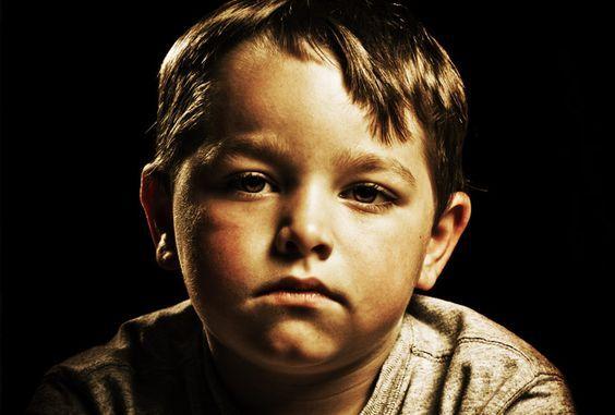Дети — карма родителейДЕТИ — КАРМА РОДИТЕЛЕЙ Глубокая статья писателя-эзотерика Дениса Захарова о том, какой урок преподносят нам дети и какие выводы мы из этого извлекаем