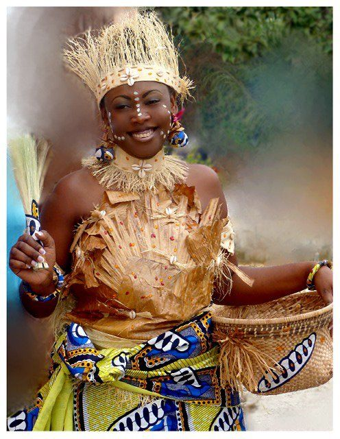 African Women - Traditional Clothing - Congo BRAZZAVILLE ...