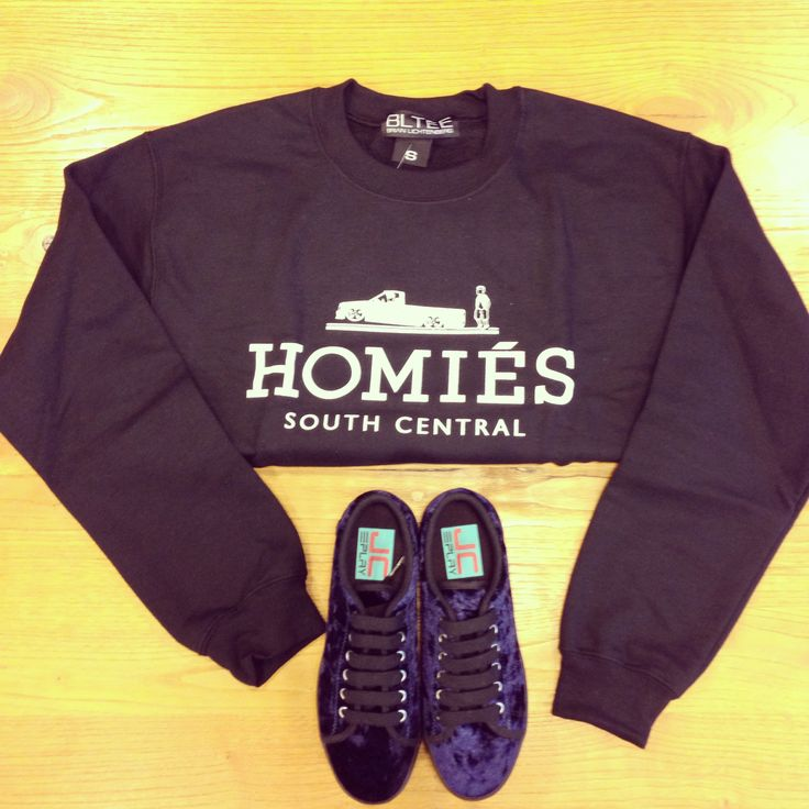 sweatshirt - Brian Lichtenberg shoes .- JC