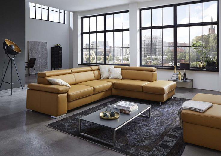 Für Alle Mutigen Mal Eine Ganz Andere Farbe Für´s Wohnzimmer: Die Kurkumafarbene Eckkombination