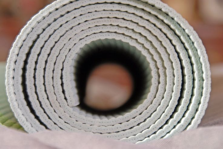 HIlarious Craigslist Ad: Yoga Mat For Sale. Used Once. - theyogablog.com