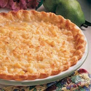 Pear Cheddar Pie- a fun play on cheddar and apple pie