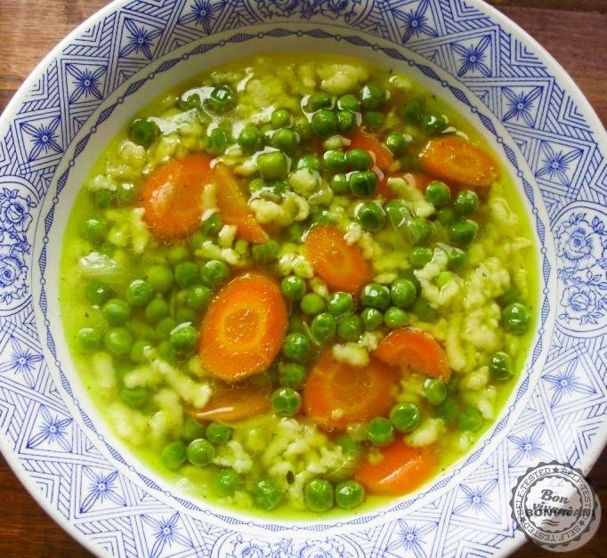 Fresh pea soup with tarhona - Hrášková polievka s karotkou a mrveničkou | bonvivani.sk