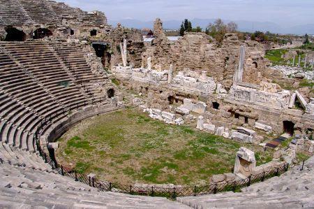 Theater von Side