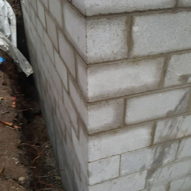 The 25 best concrete block foundation ideas on pinterest cinder i guess i forgot to post the finished product from the block foundation no parge no waterproof apparently all that was for a deck 5 ft high solutioingenieria Images