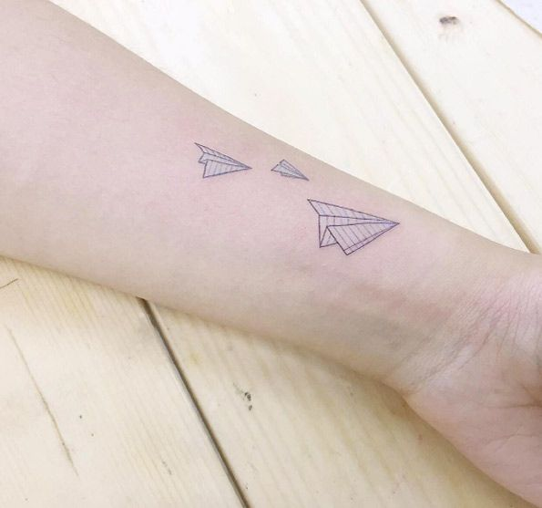 Paper airplanes by Banul