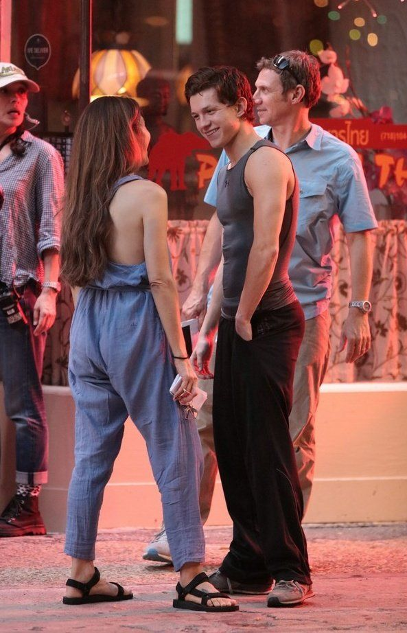 Marisa Tomei (Aunt May) and Tom Holland on the set of SPIDER-MAN:HOMECOMING!    //Pinterest & Tumblr: aloraphernelia//