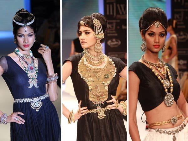 Images from Amrapali IIJW fashion show, mumbai.