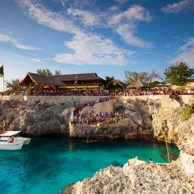 Check Out the 10 Best Caribbean Islands for Spring Break