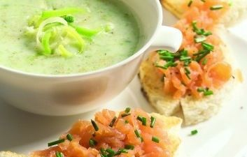 Pea soup and Soups on Pinterest