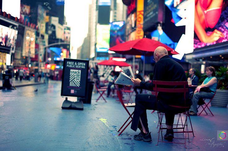 Фотографии и Онлайн веб-камера в реальном времени Таймс-сквер, Нью-Йорк, США. Обзорная камера
