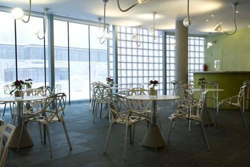 Interior Balneario. Zona bar