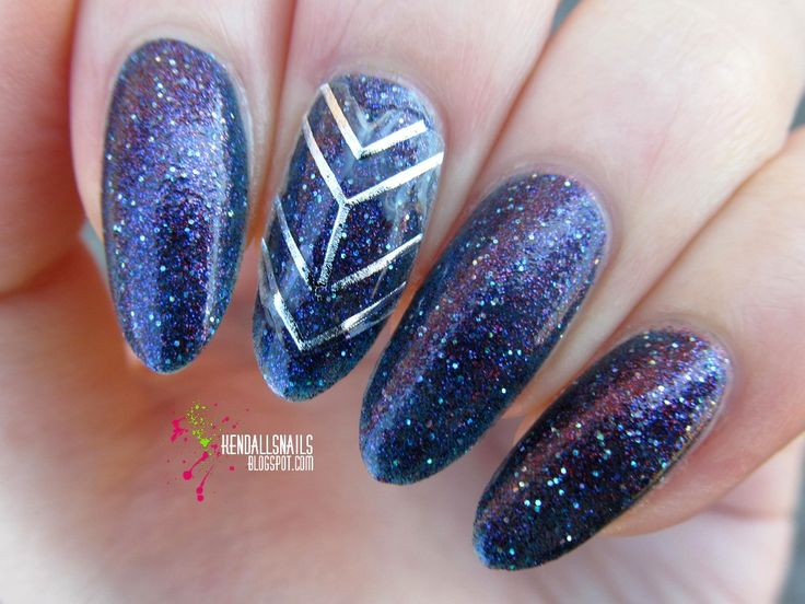 World Of Colors: Color Club - Gift of Sparkle