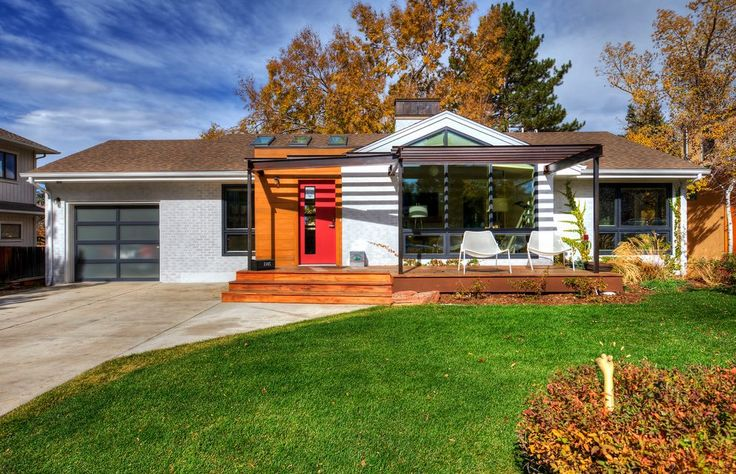 front-yard-deck-exterior-midcentury-with-pergola-vinyl-cupolas.jpg (990×638)