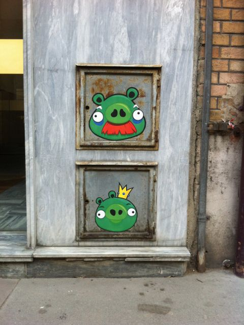 Angry Birds by memeIRL #Streetart #Boulogne #Urbacolors