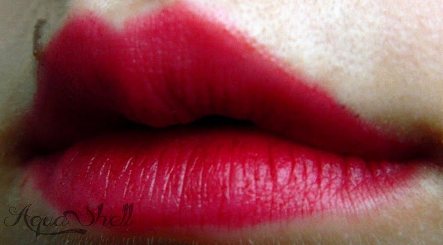 Abbamart, Not the same tint, Cherry Bomb on lips