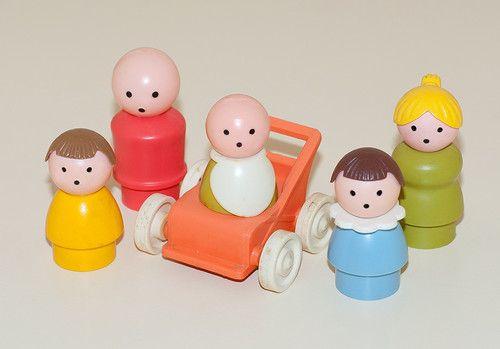 Малыши (коляска). Советские игрушки - http://samoe-vazhnoe.blogspot.ru/ #фигурки_малыши